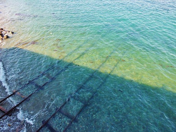 愛媛にジブリの世界が〜海に続く線路とトトロトンネル〜