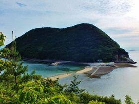 香川県本土にもエンジェルロードが!丸山島と女郎島の海割れ道
