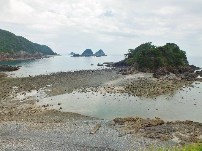 日本屈指の珊瑚礁の海・弁天島エンジェルロード