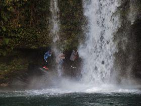 「大分県三大裏見の滝」慈恩の滝・福貴野の滝・黄金の滝