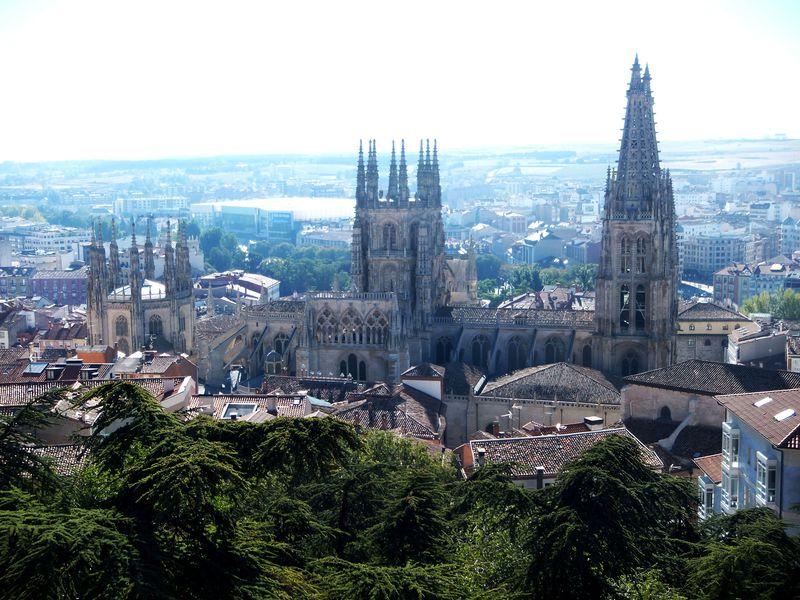 北スペイン・世界遺産の巡礼路にある中世が息づく古都5選