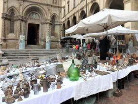 トスカーナの美しい古都アレッツォでイタリア最大級の骨董市を楽しもう!