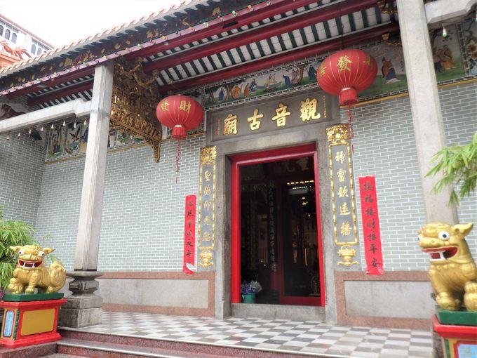 中華街の中心にある「観音古廟」は、ヤンゴン最古の中国寺院!