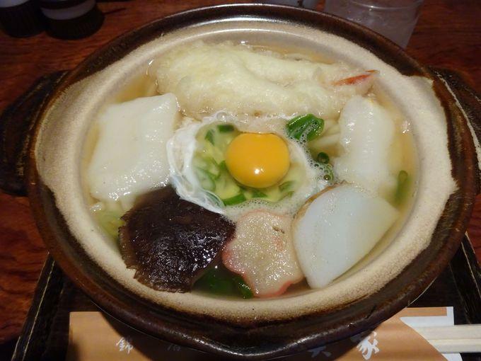 錦市場近くにある「冨美家」の鍋焼きうどん・冨美家鍋