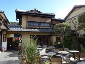 京都・産寧坂「抹茶館」はお抹茶の点て方が見学できる人気の和カフェ