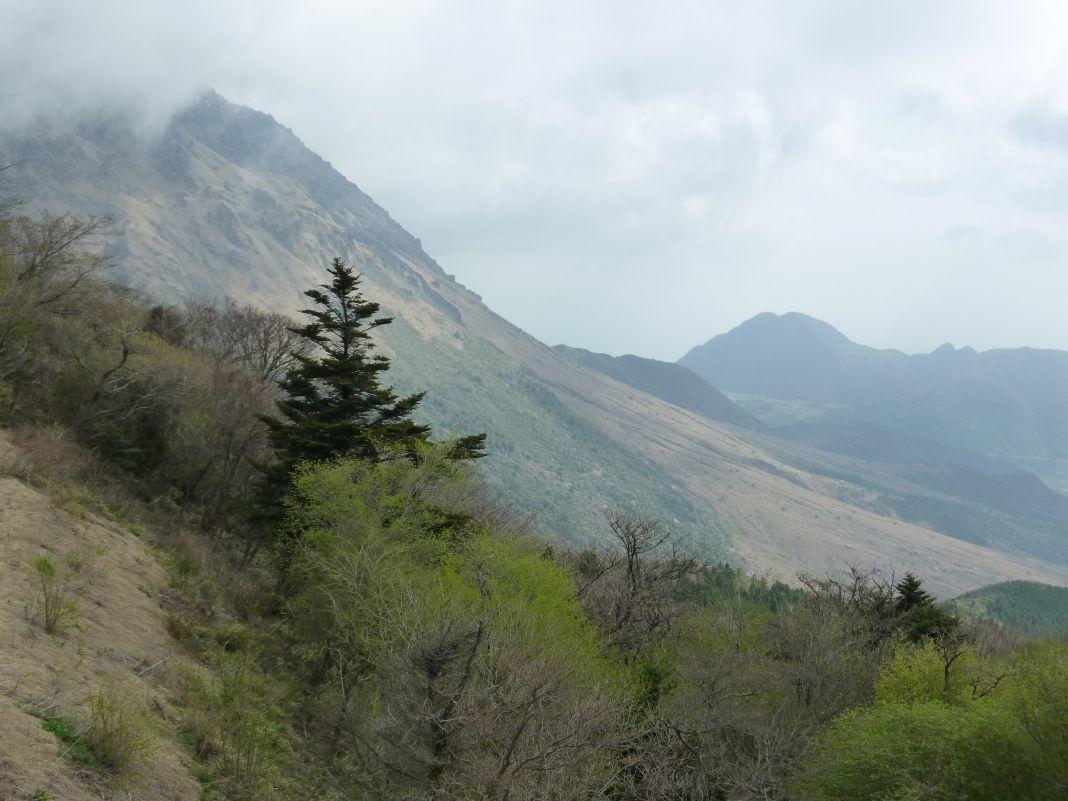 平成新山の火砕流跡を見よう