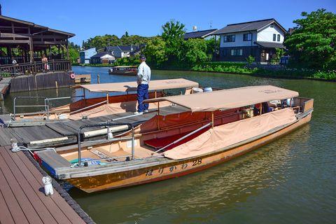 松江城下を遊覧船で!「ぐるっと松江 堀川めぐり」で水景めぐり
