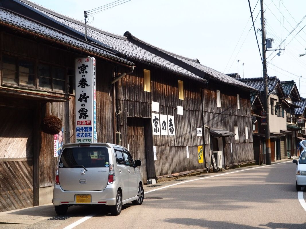 伊根に行ったらぜひ訪れたい海に最も近い「向井酒造」