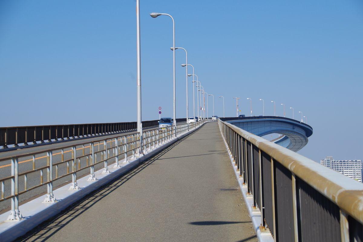 なみはや大橋の歩道を歩いてみよう