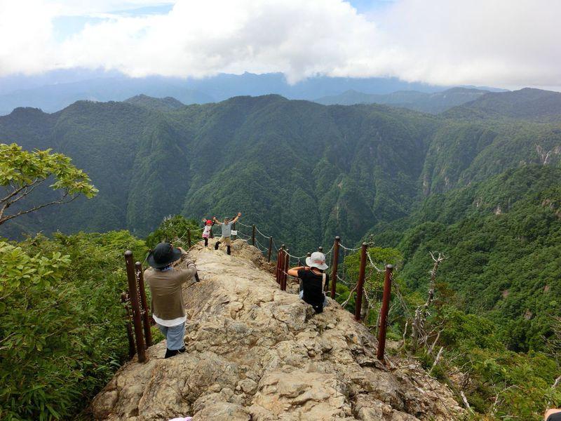 近畿の屋根・奈良県「大台ケ原」で真夏の涼とスリルを満喫しよう!