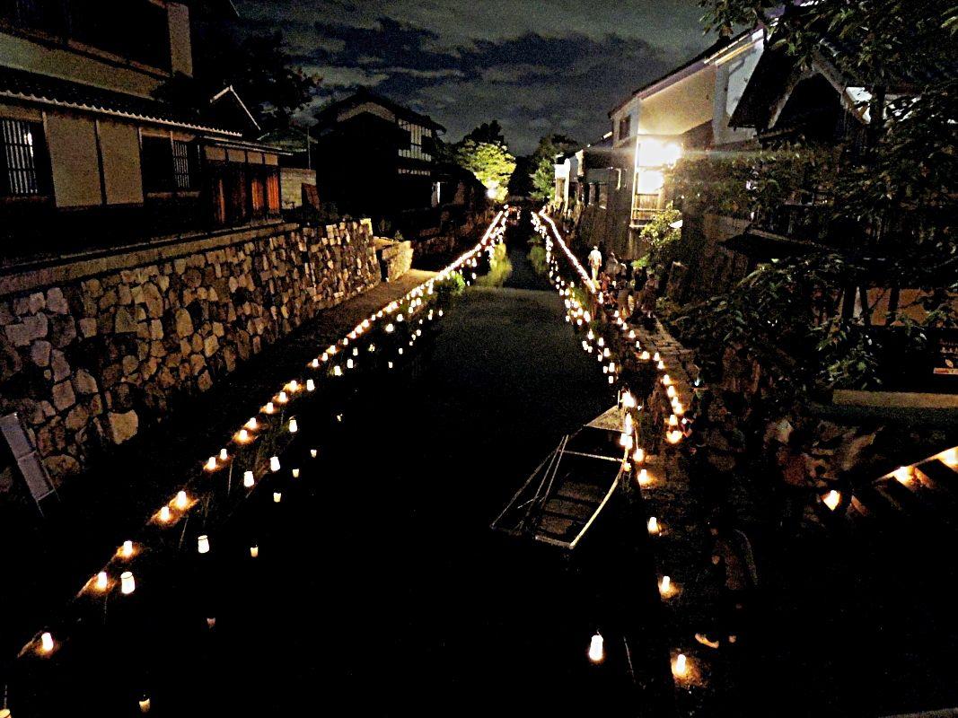 八幡堀の幻想的な灯りの演出に感嘆!