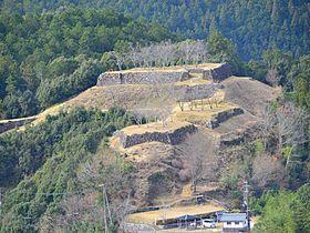 三重・熊野山中の天空の城「赤木城」跡で戦国ロマンを満喫!