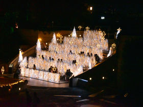 大阪・冬の風物詩「なんば光旅2020-2021」で幻想の世界へ!