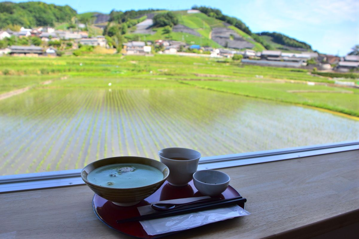 「d:matcha kyoto CAFE&KITCHEN」で優雅なひとときを