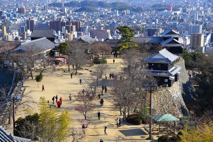 1日目午後:松山のシンボル「松山城」観光でスタートしよう