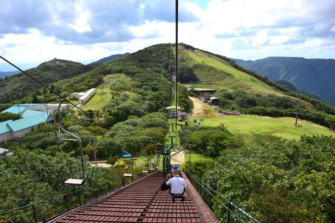 観光リフトで御在所岳の山頂へ