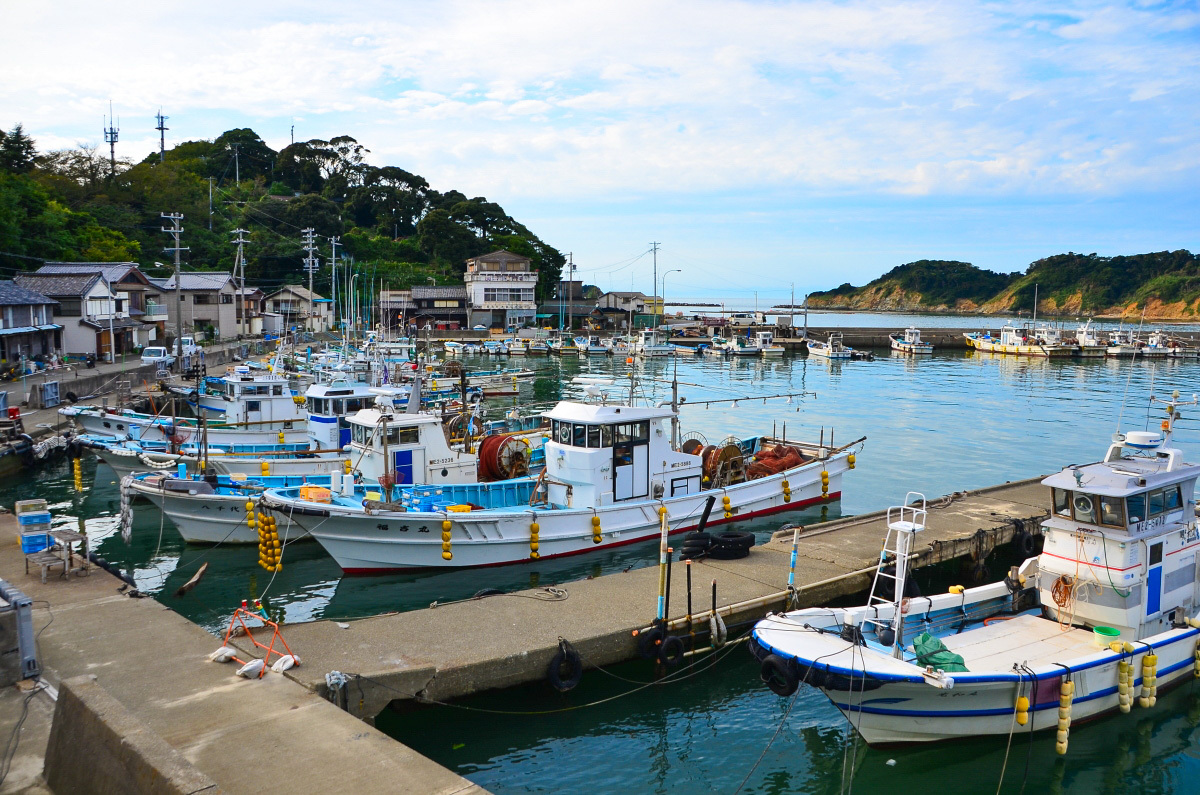 答志島の旅のフィナーレを飾る「桃取の夕日」