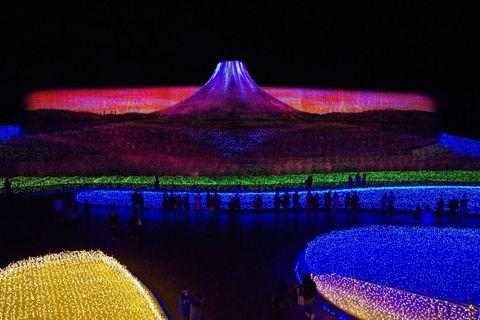 """三重「なばなの里」イルミネーション""""JAPAN""""で光の絶景を堪能"""