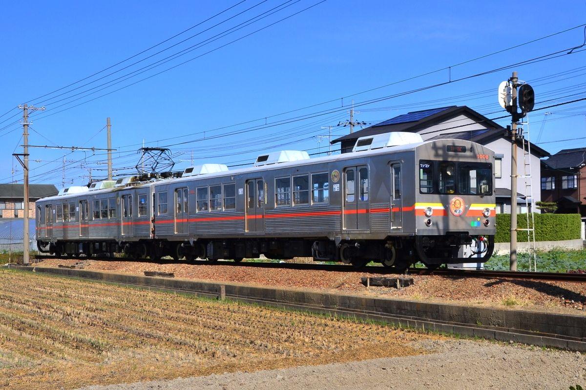 大阪・貝塚市内を南北に走る「水間鉄道」は鉄道&天文ファンにもおすすめ!