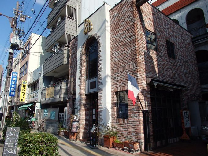 新世界唯一のフレンチレストラン「ビストロ・ヴェー」