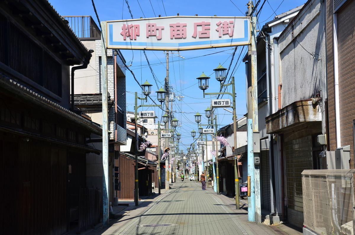 金魚ストリート化計画が進む「郡山柳町商店街」