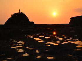 和歌山県・田辺「天神崎」で磯遊びと夕陽の絶景を楽しもう!