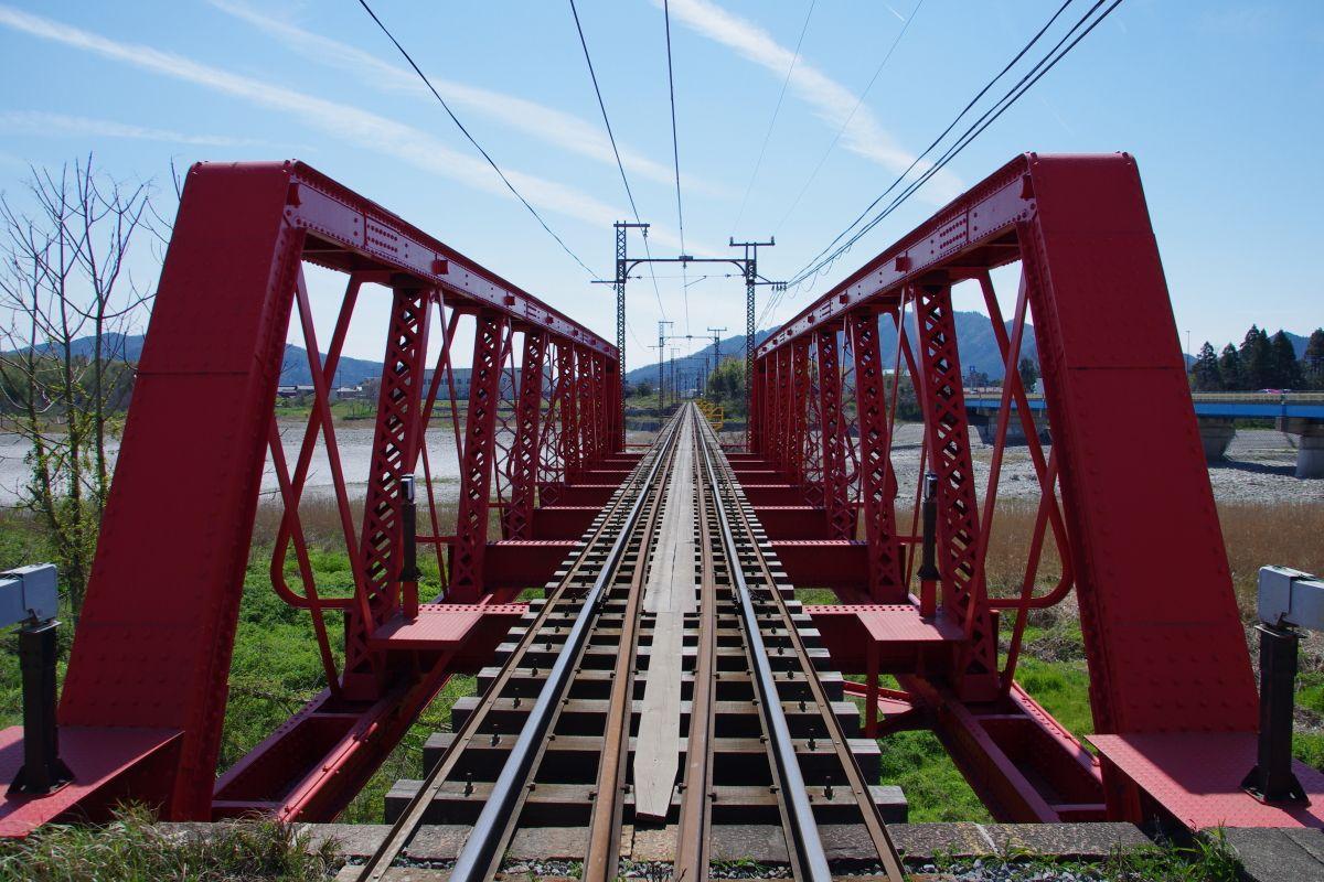 近江鉄道おすすめの撮影スポット「愛知川橋梁」