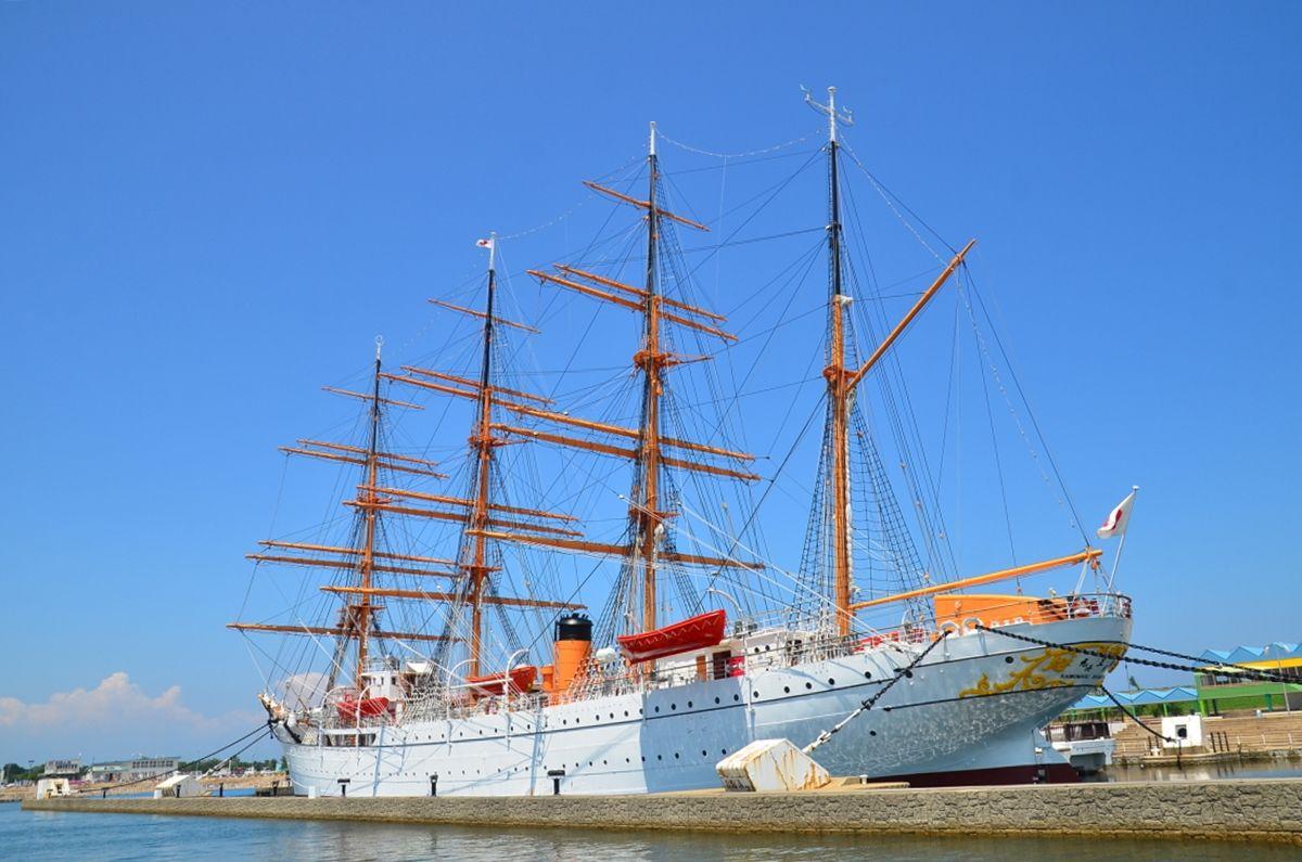 「帆船海王丸」の進水日は2月14日のセントバレンタインの日