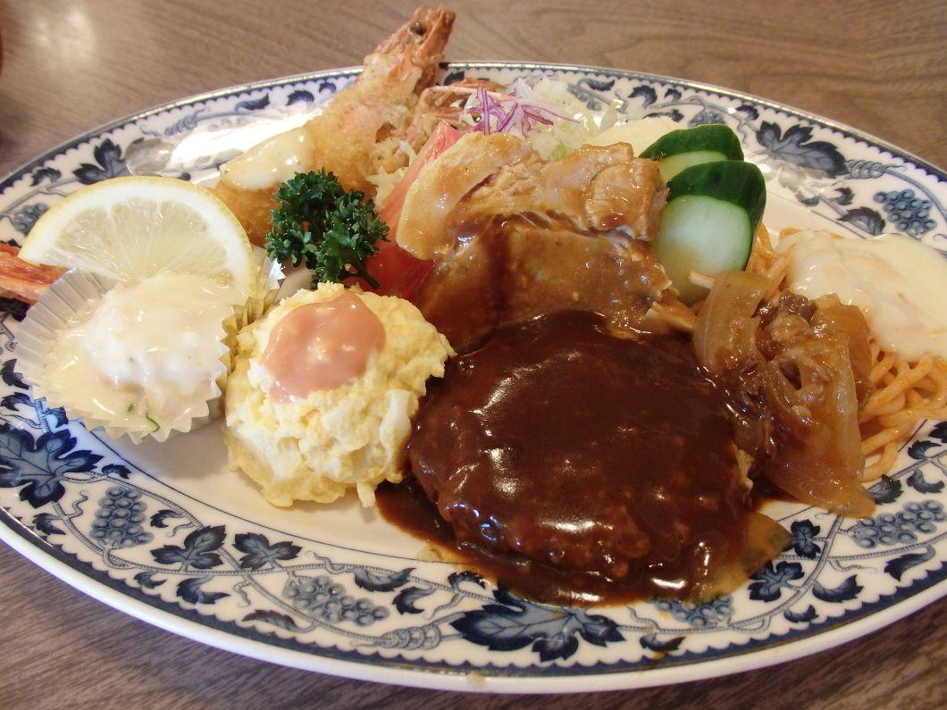 宮津市内の欧風料理「精養軒」は昔ながらの洋食屋さん