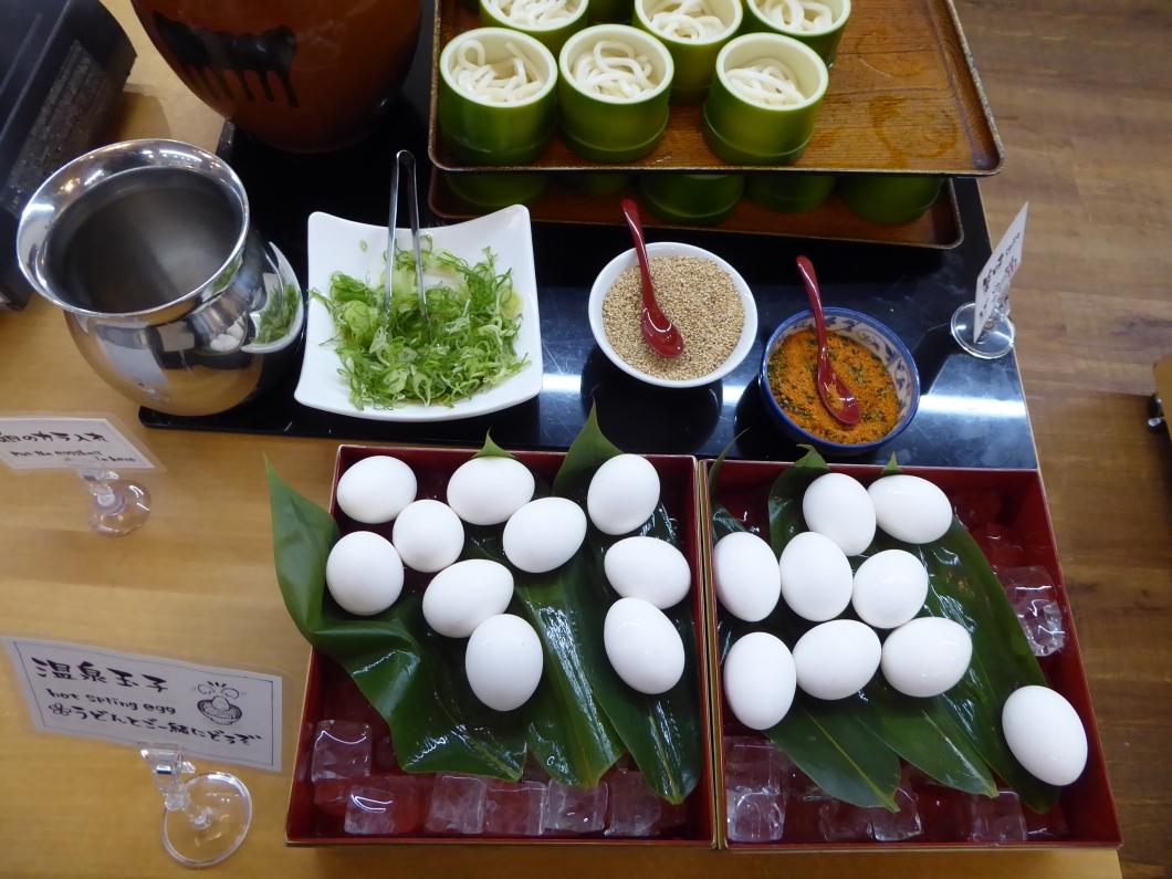 朝食は「あさぎり」で約40種類の和洋バイキングを