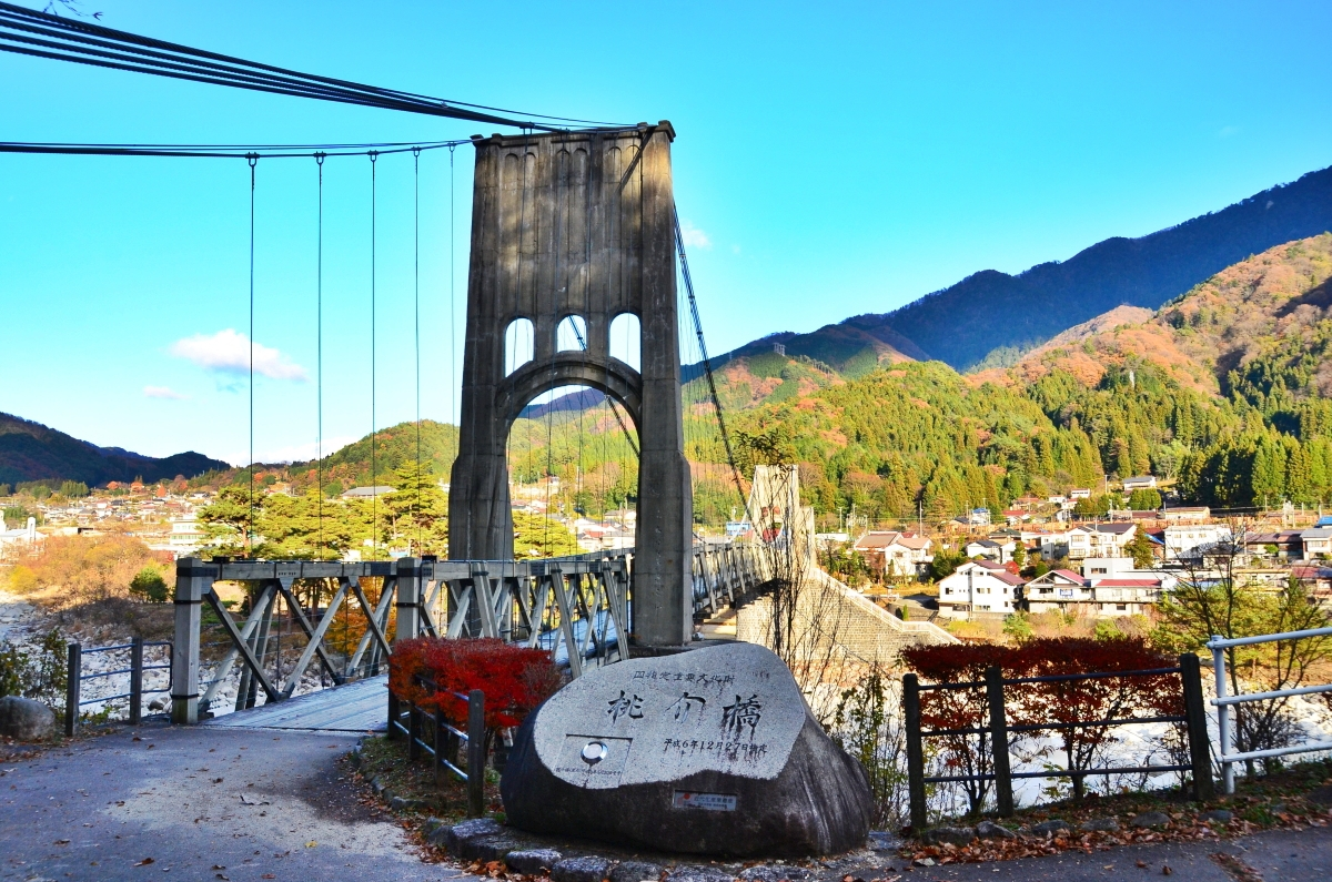 対岸の「天白公園」は桃介橋の絶好のビュースポット