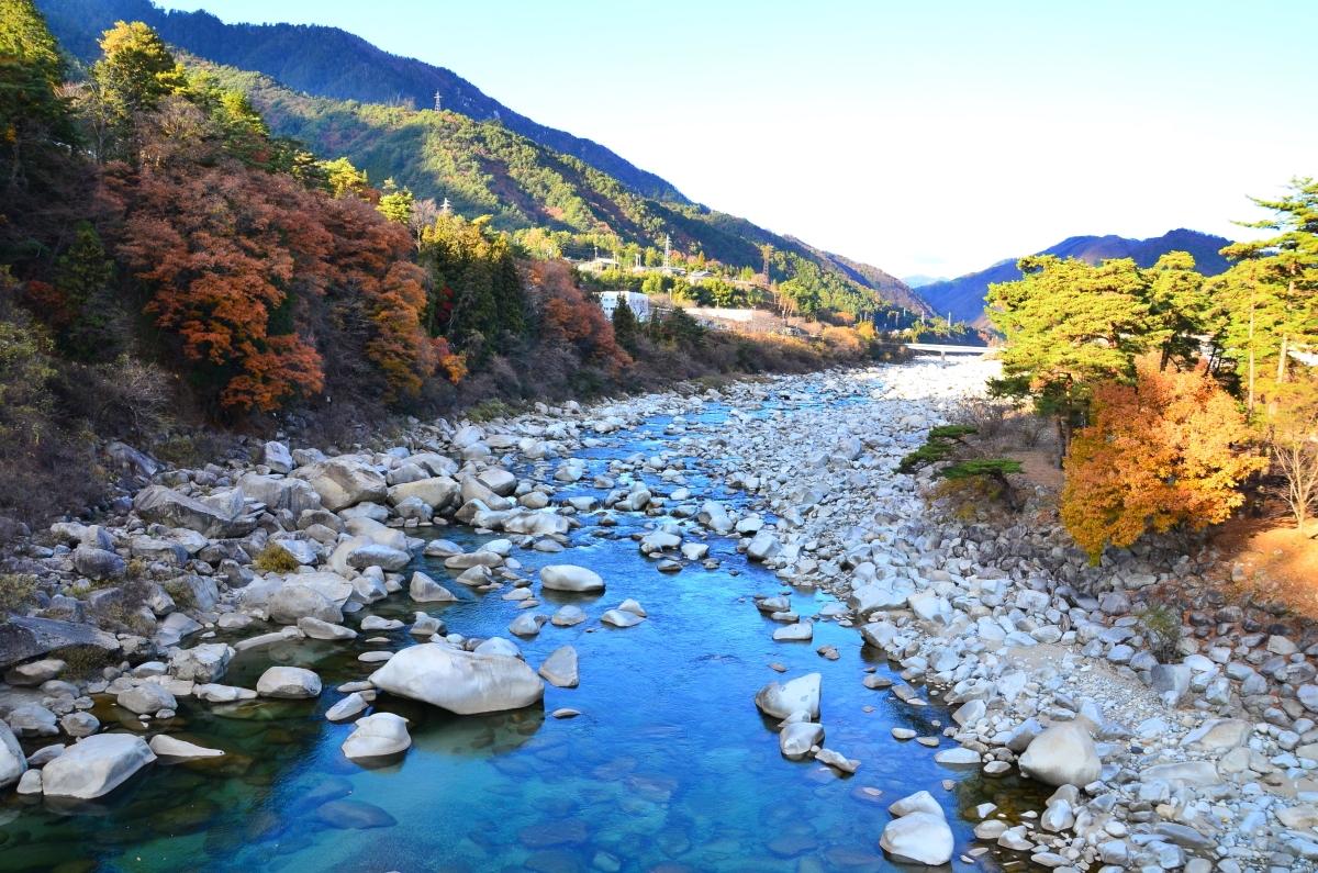 日本最大級の木造吊り橋「桃介橋」を歩いてみよう