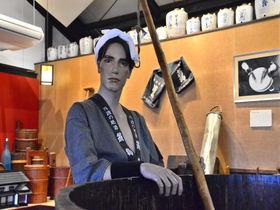 イケメンのマネキン蔵人に会える!京都府・亀岡の「大石酒造」