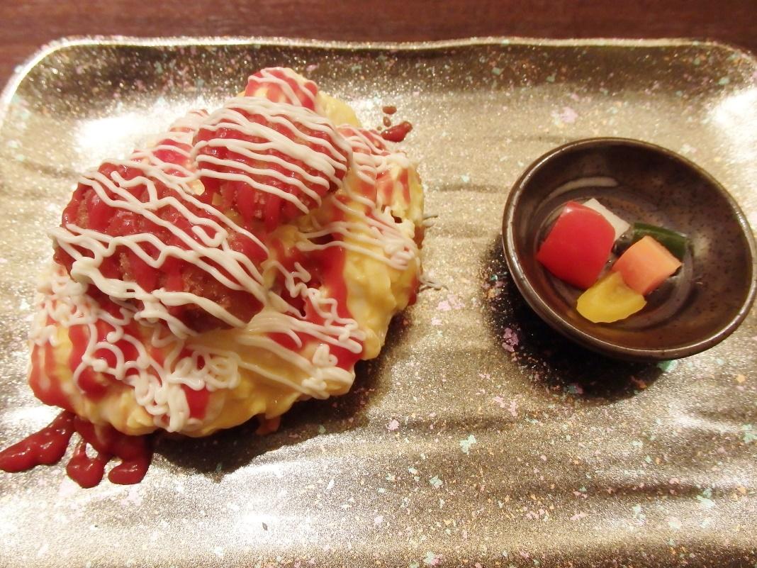 カフェ「桜桃(yusura)」で金沢名物のハントンライスを