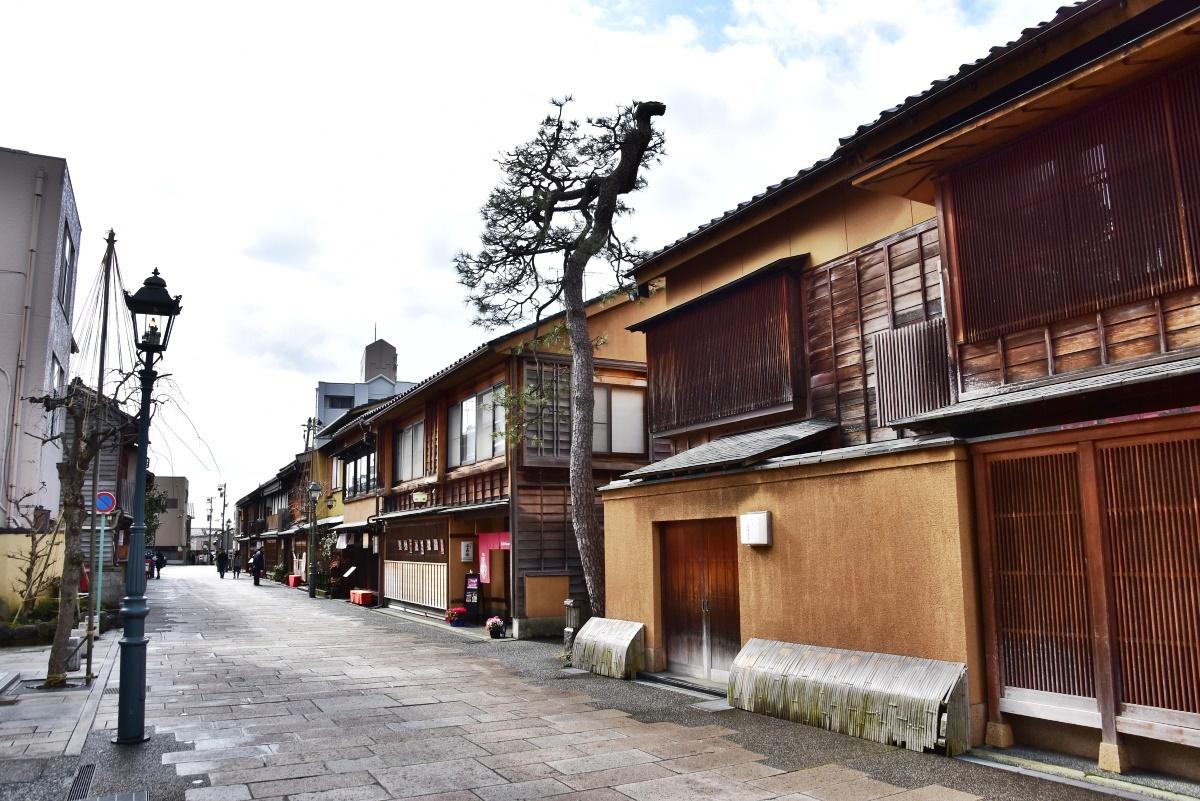 金沢三大茶屋街のひとつ「にし茶屋街」とは