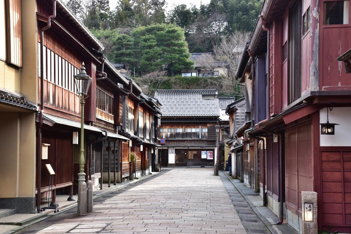 金沢を代表する観光スポット「ひがし茶屋街」とは