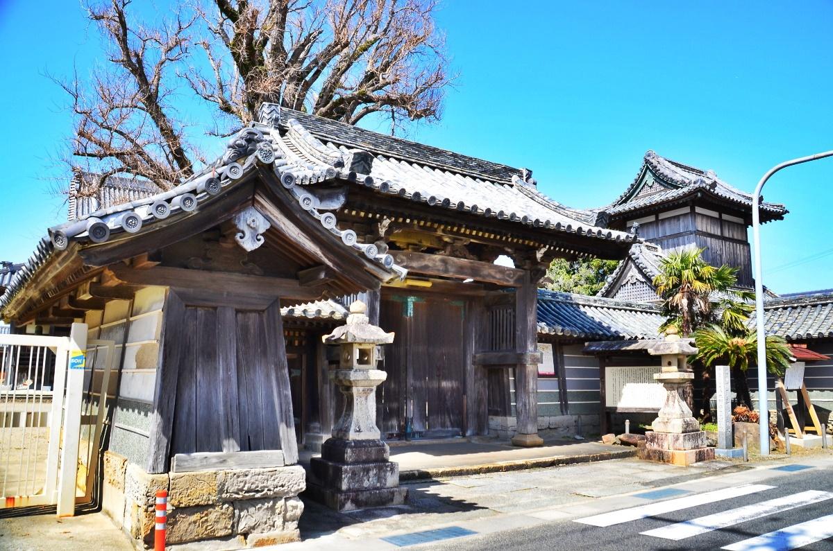 御坊市の地名の由来となった「本願寺日高別院」