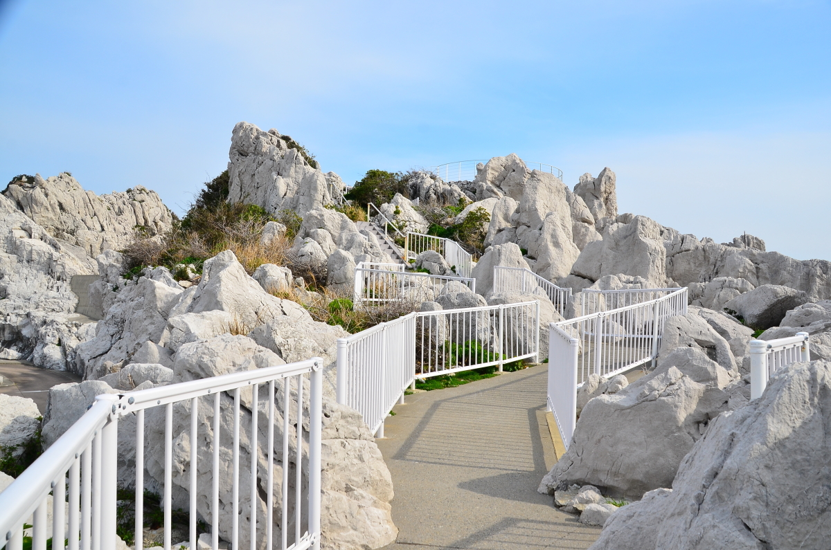 まるで異次元世界のような白崎海洋公園
