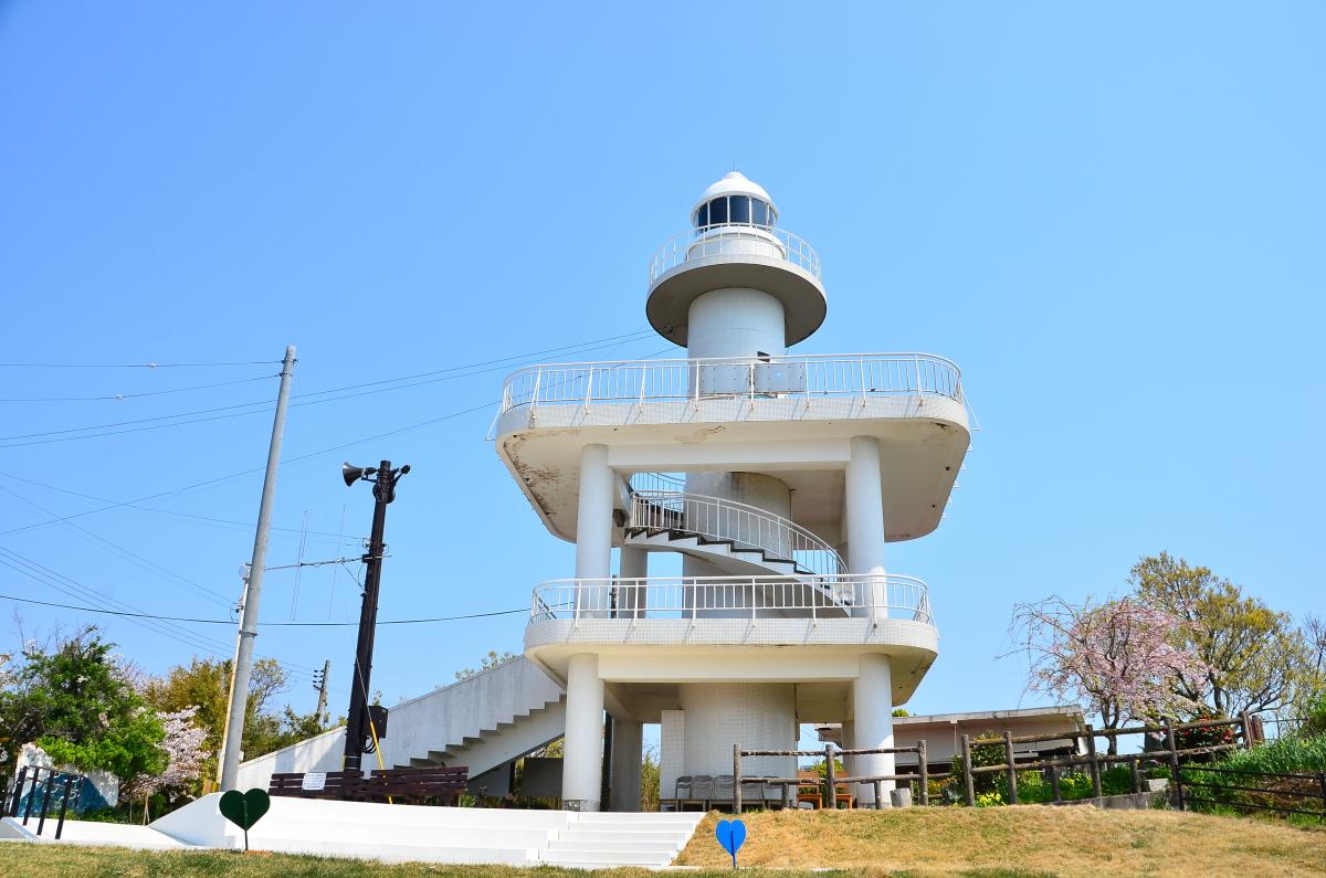 「雑賀埼灯台」からは大海原の大パノラマが