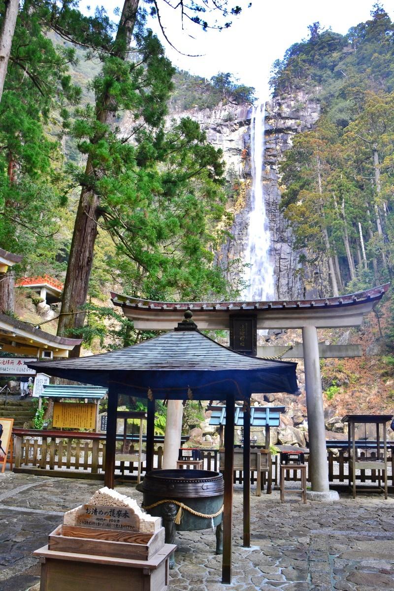 那智山パワースポット巡りの中心「那智の滝」