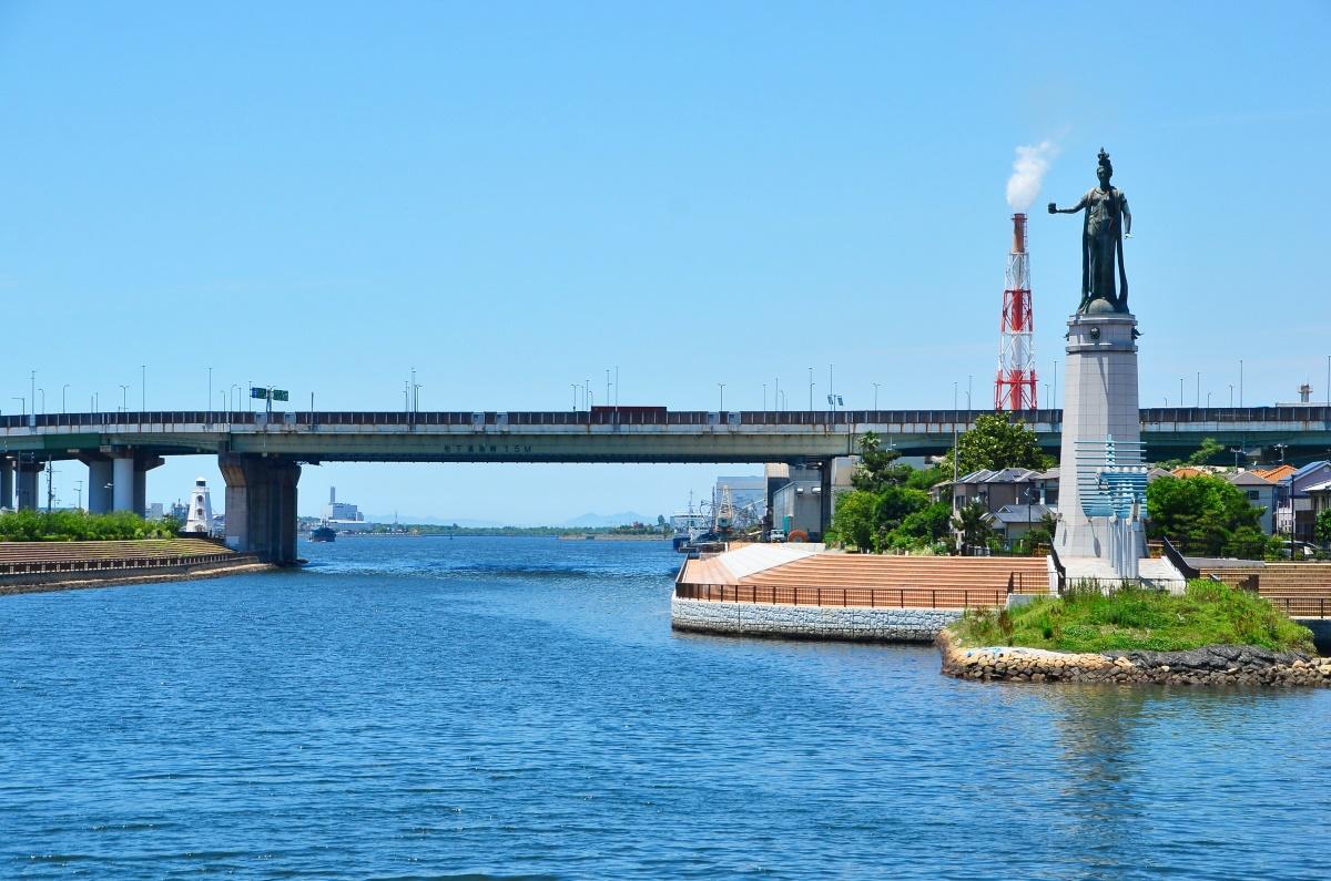 潮風が心地良い開放感あふれる「堺旧港・親水プロムナード」