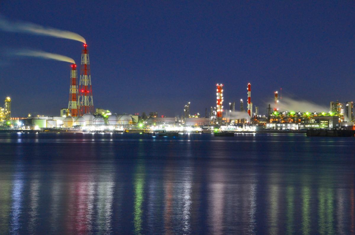 ガス工場や化学工場の夜景撮影スポット「築港浜寺西町」