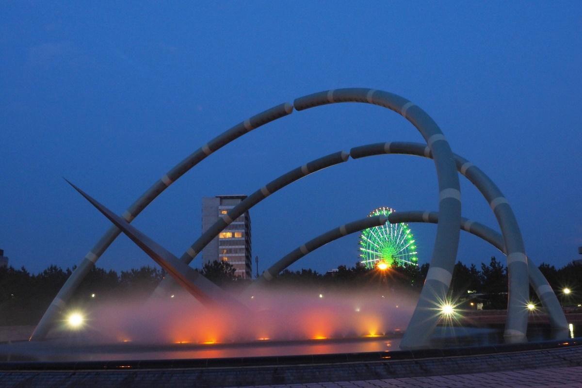 りんくう公園「四季の泉」のライトアップは必見