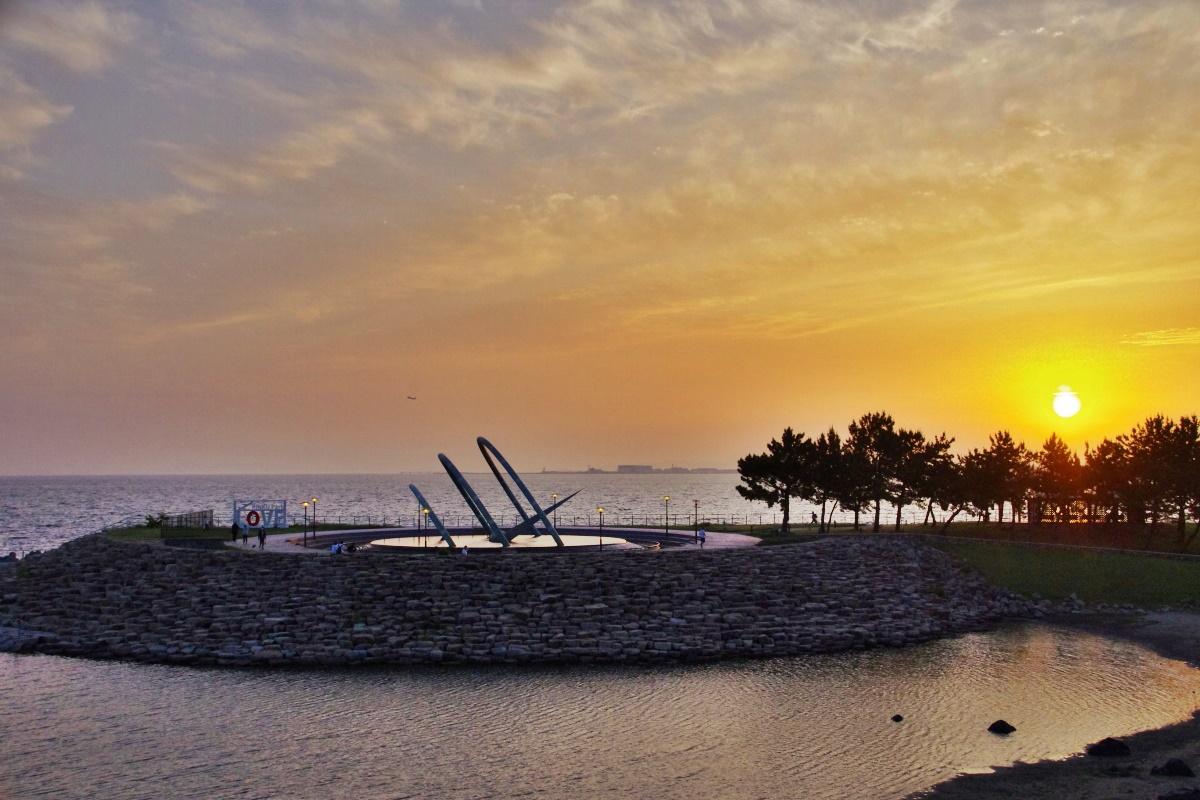 大阪府「りんくうタウン」で海に沈む夕陽と夜景を満喫しよう!