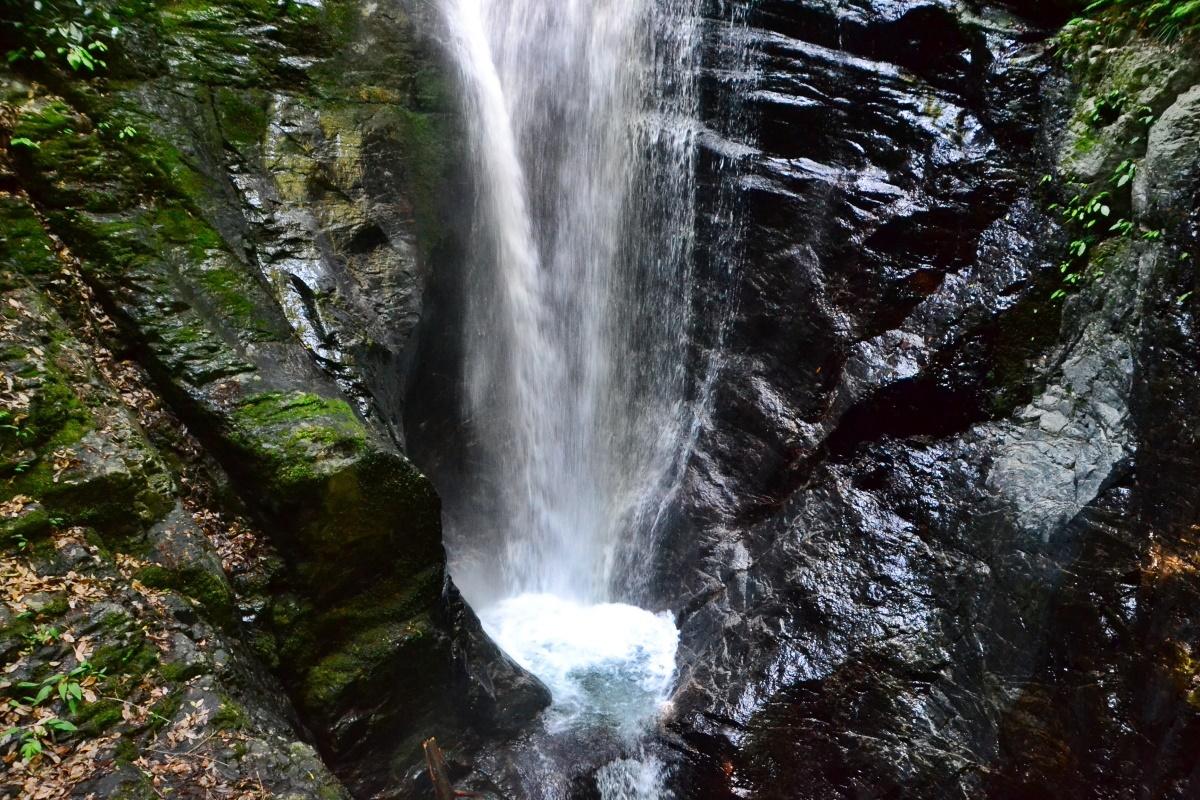 蜻蛉の滝の3箇所の「滝見台」を巡ってみよう