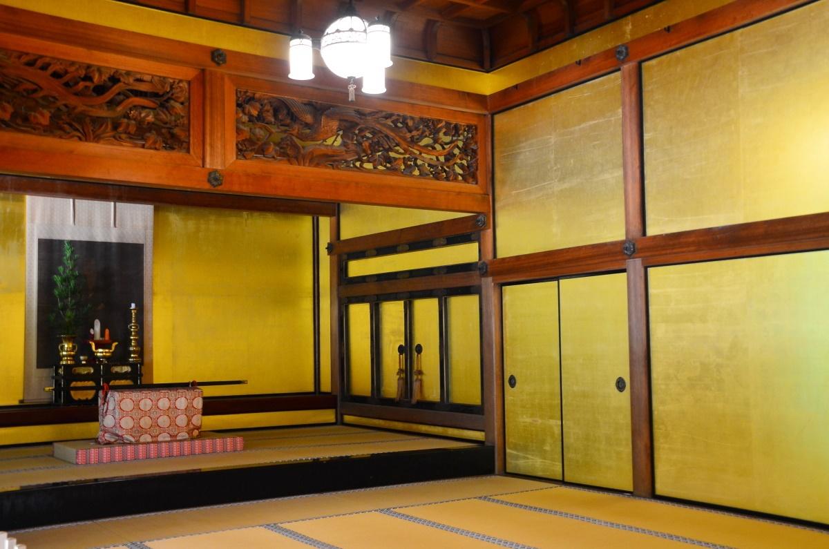 金剛峯寺では最高の格式がある「書院上壇の間」と「奥書院」