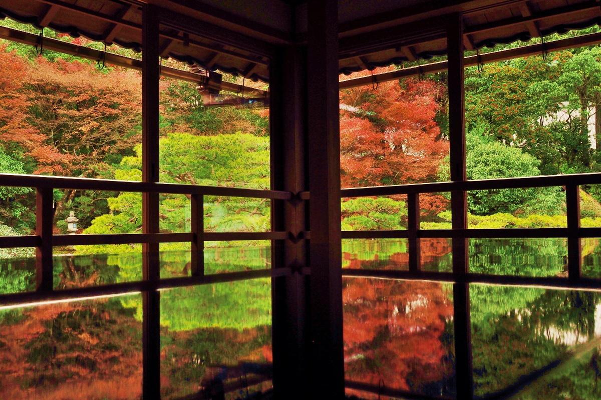 フォトジェニックな秋を!滋賀・坂本の元里坊「旧竹林院」の紅葉