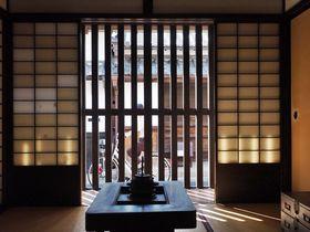 奈良町の町家めぐりで最初に訪れたい「ならまち格子の家」