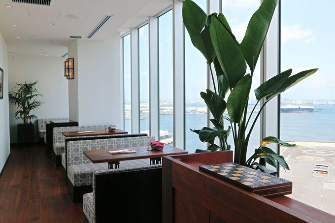 横浜港の大パノラマを堪能できるレストラン「オリエンタルビーチ」