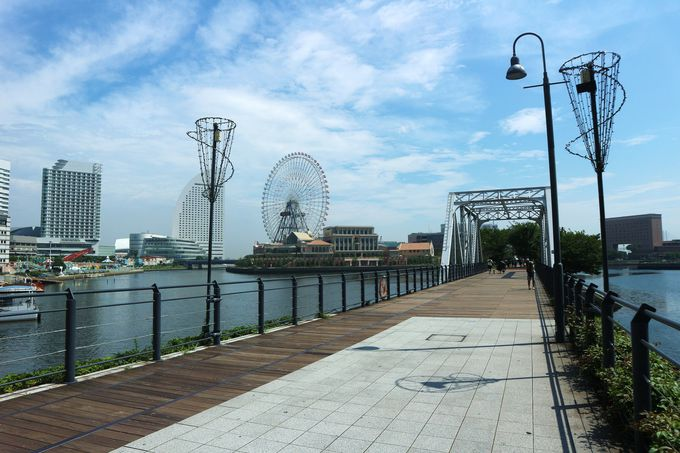 船と海の街、みなと横浜を感じさせるホテル